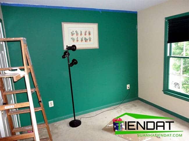 Thợ sơn nhà tai Nhà Bè
